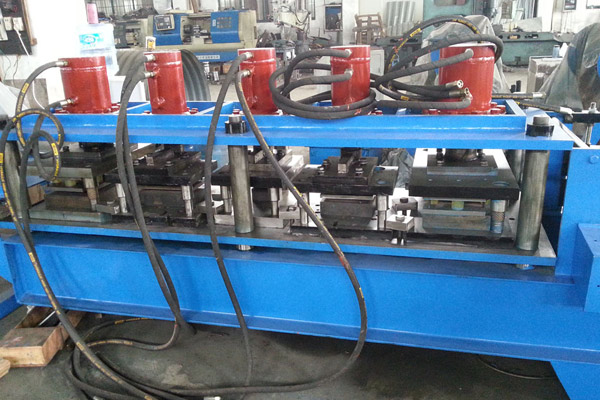 door-frame-roll-forming-machine-4.jpg
